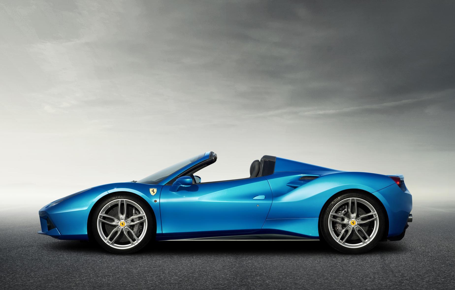 150723_Ferrari488Spider_Laterale_mod